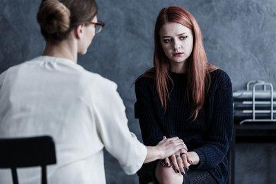 Как уговорить больного шизофренией лечиться